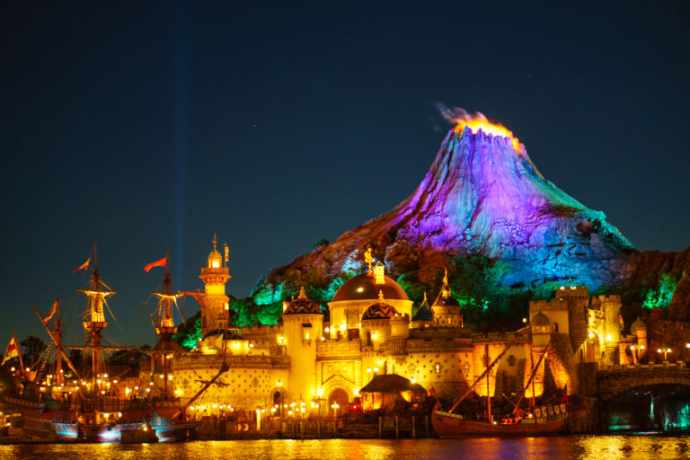 disney-sea-night1